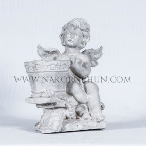 550_46_concrete_statute_cupid_kid_03