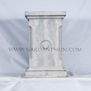 550_113_concrete_column_base_with_circle_40x75cm