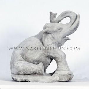 550_117_concrete_statute_elephant_1
