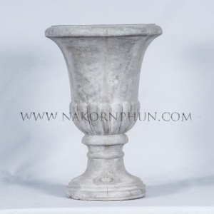 550_16_flower_pot_concrete_long_high_01
