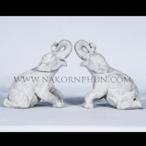 550_45_concrete_statute_elephants_01
